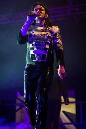 Ben Bowman as Michael Jackson