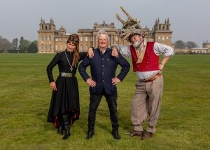 Shakespeare's Rose Theatre at Blenheim - Leandra Ashton 'Lady MacBeth', James Cundall MBE & Paul Hawkyard 'Bottom' - c Charlotte Graham - SRT.
