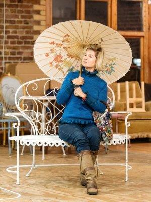 Issy van Randwyck (Lady Brockhurst) - by Manuel Harlan.