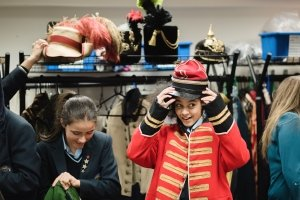 Secondary school pupils taking part in Creative Choices at the National Theatre (c) Emma Hare