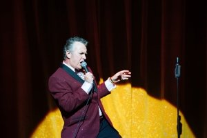 The Entertainer - Shane Richie (Archie Rice) by Helen Murray.