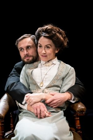 Martin Hutson and Claire Lams in CANDIDA - Orange Tree Theatre - photo by Johan Persson.