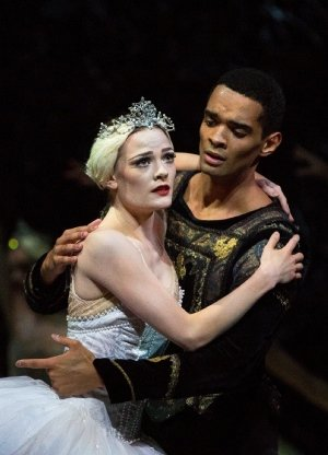 Delia Mathews as Odette and Brandon Lawrence as Prince Siegfried - Birmingham Royal Ballet Swan Lake - Credit Andrew Ross.