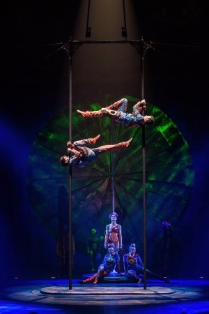 Cirque du Soleil: Luzia - Masts and Poles