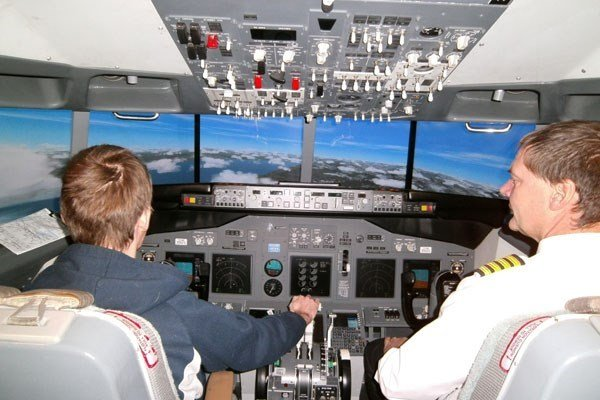 2 Hour Flight Simulator Experience
