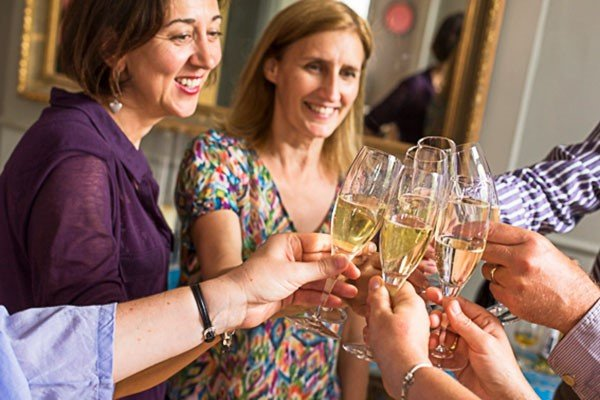 Champagne and Fizz Tasting Evening for Two, London