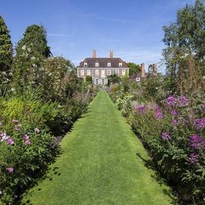 Overnight Stay with Garden Entry for Two at The Salutation