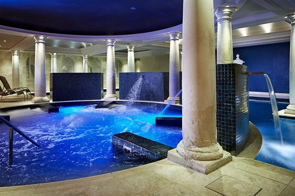 Twilight Pamper Treat with Dinner for Two at Alexander House