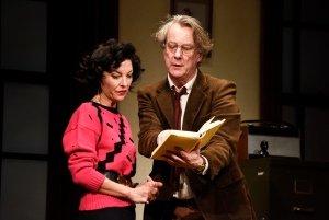 Jessica Johnson as Rita & Stephen Tompkinson as Frank in EDUCATING RITA. Credit Nobby Clark.