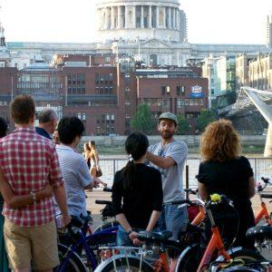 River Thames Evening London Bike Tour