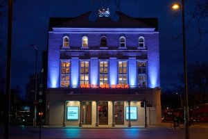 The Old Vic We'll Be Back - Photo by Manuel Harlan