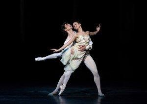 Romeo and Juliet: Francesca Hayward (Juliet) and Cesar Corrales (Romeo). Photographer Helen Maybanks / ROH